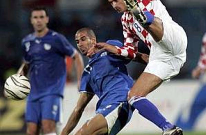 israel croatia soccer  (photo credit: AP)