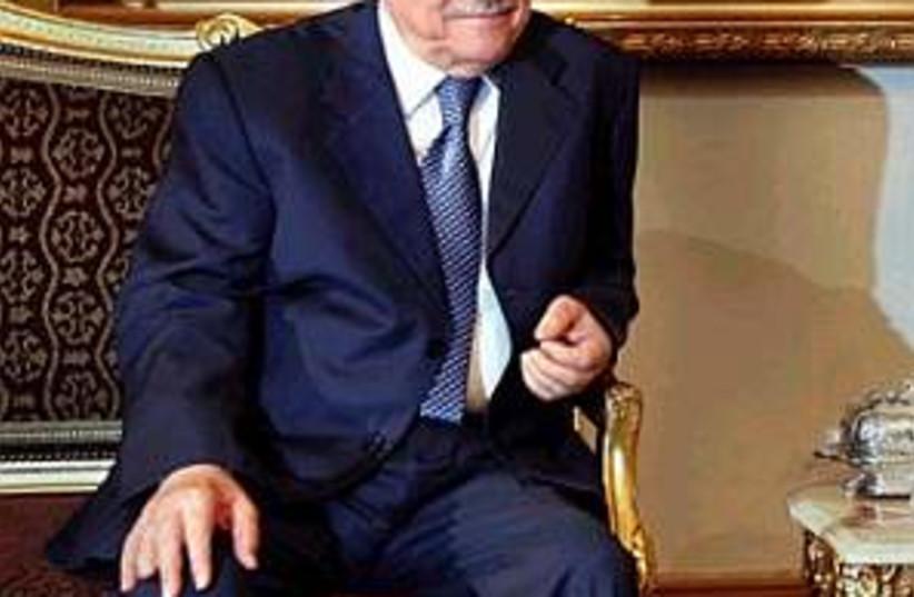 abbas in cairo 298.88 (photo credit: AP)