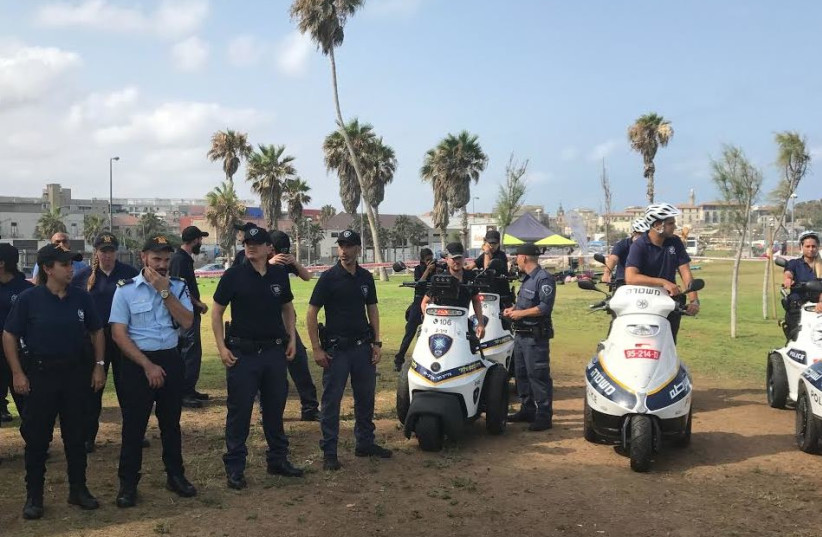 Officers in the newly inaugurated foot patrol unit on Thursday in Tel Aviv.  (photo credit: ELIYAHU KAMISHER)