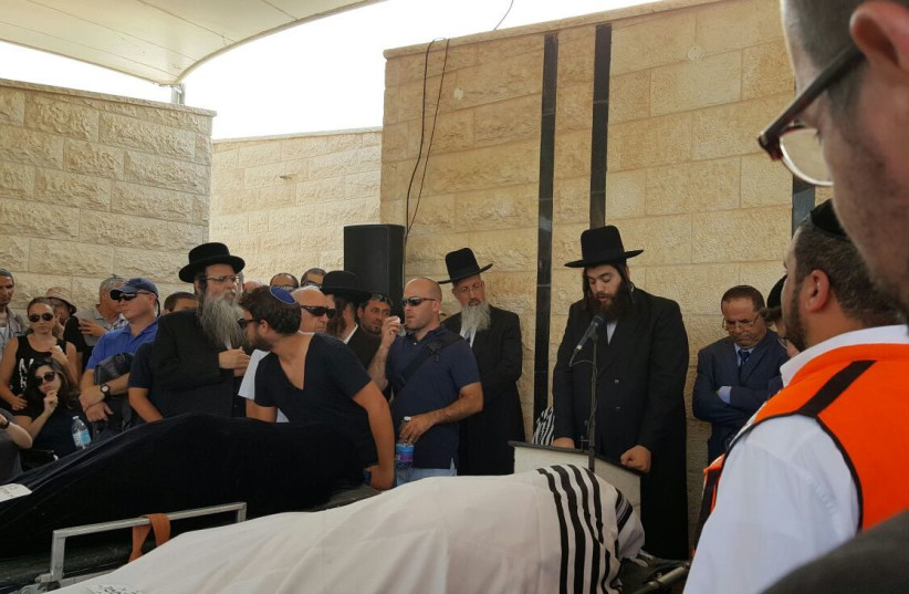 Slain members of the Salomon family are laid to rest (photo credit: ARIK BENDER/MAARIV)