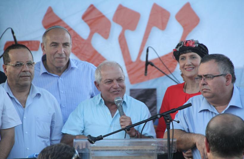 Communications Minister Ayoub Kara (Likud), MK Motti Yovev (Bayit Yehudi), Social Welfare Minister Haim Katz (Likud), MK Shuli Mualem-Rafaeli (Bayit Yehudi) and Coalition Chairman MK David Bitan on the stage at Sa-Nur. (photo credit: TOVAH LAZAROFF)