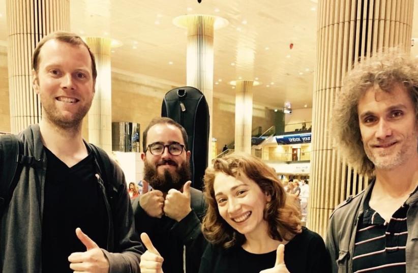 Regina Spektor lands in Ben Gurion airports ahead of concert (photo credit: Courtesy)