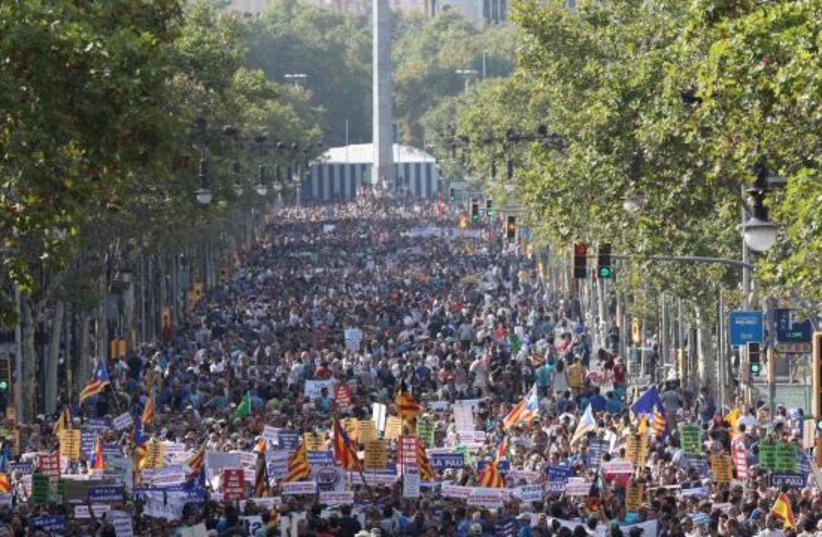 L'hommage rendu aux victimes de l'attentat de Barcelone (photo credit: DR)