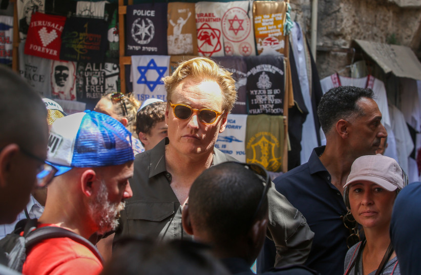 Conan O'Brien in the Old city of Jerusalem, August 28, 2017.  (photo credit: MARC ISRAEL SELLEM/THE JERUSALEM POST)