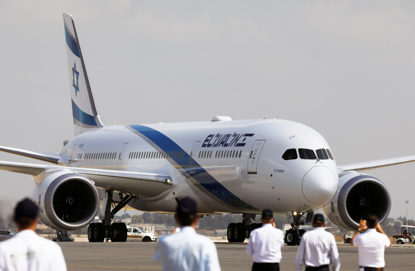 The first of Israel's El Al Airlines order of 16 Boeing 787 Dreamliner jets, lands at Ben Gurion International Airport, near Tel Aviv, Israel August 23, 2017 (photo credit: REUTERS/AMIR COHEN)