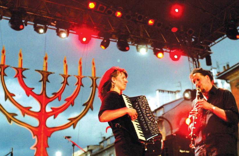 Krakow Jewish Festival 2004  (photo credit: KATARINA STOLTZ/ REUTERS)