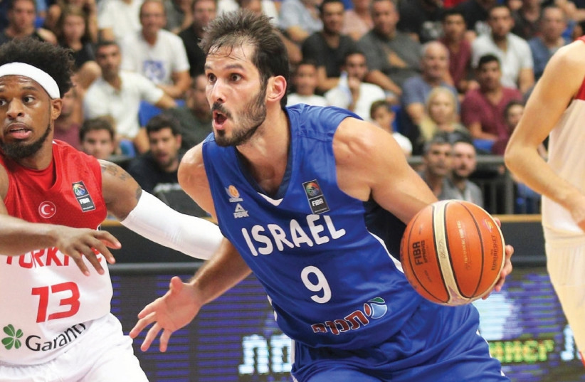 Forward Omri Casspi is the undoubted star of the Israel national team and will have to be at his best for the blue-and-white to realize its goals in EuroBasket 2017, starting with a win in tonight's opener against Italy at Yad Eliyahu Arena in Tel Aviv (photo credit: ADI AVISHAI)
