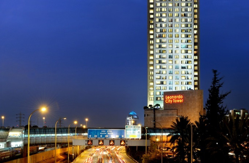Leonardo City Tower Hotel, one of hotels to benefit from Vortex Energy's new program.  (photo credit: FATTAL HOTELS PR)