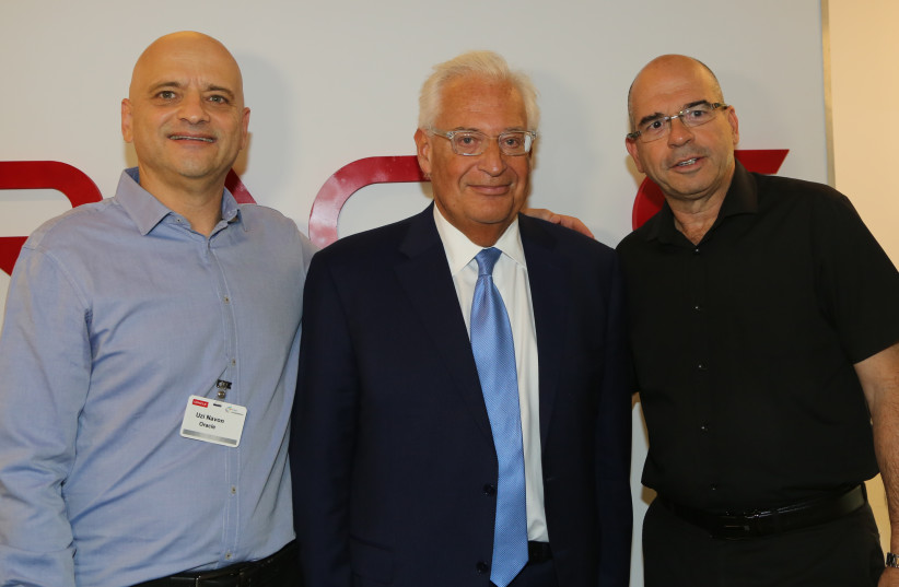 US Ambassador to Israel David Friedman, Petah Tikvah's Mayor Itzik Braverman and Executives from Oracle (photo credit: ORACLE/EZRA LEVY)