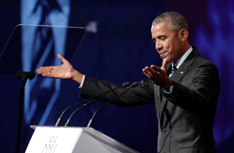 Former US President Barack Obama delivers a speech (photo credit: DARIO AYALA / REUTERS)