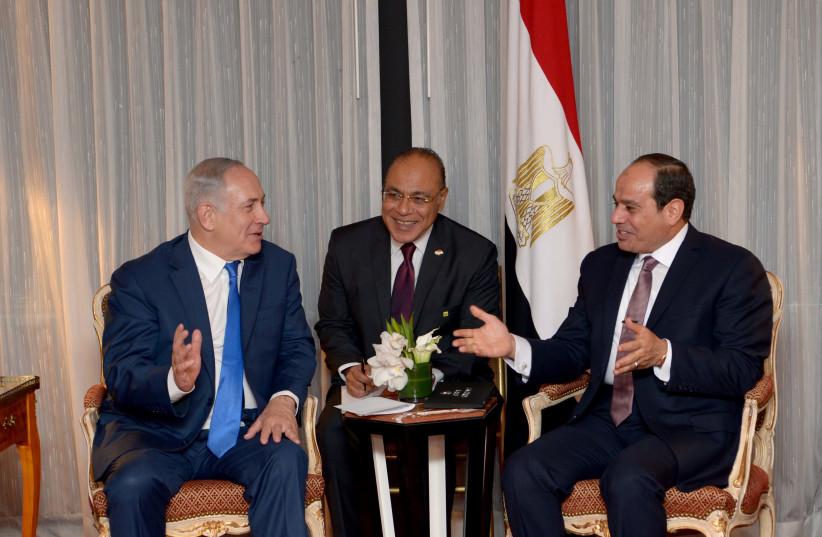 Prime Minister Benjamin Netanyahu meets with Egyptian President al-Sisi in New York (photo credit: AVI OHAYON - GPO)