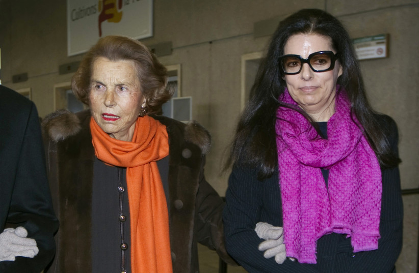 Liliane Bettencourt and her daughter Francoise Bettencourt Meyers. (photo credit: CHARLES PLATIAU / REUTERS)