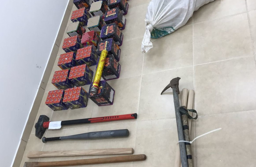 Weapons recovered after a car crash, September 2017 (photo credit: COURTESY ISRAEL POLICE)