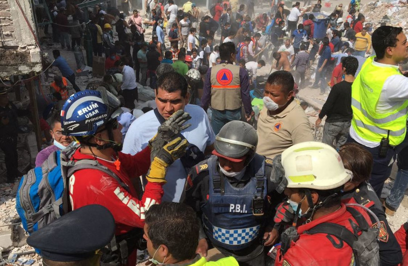 ZAKA International Rescue Unit volunteers aid in Mexico's ongoing recovery operation. (photo credit: ZAKA)
