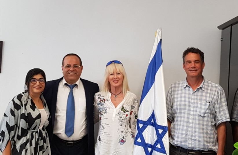Communications Minister Ayoub (center) Kara meets with leaders form the Jewish Agency's 'Ten' project (photo credit: COURTESY/MINISTRY OF COMMUNICATIONS)