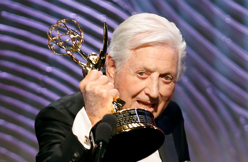 Game show icon Monty Hall accepts his Lifetime Achievement Award  (photo credit: DANNY MOLOSHOK/REUTERS)