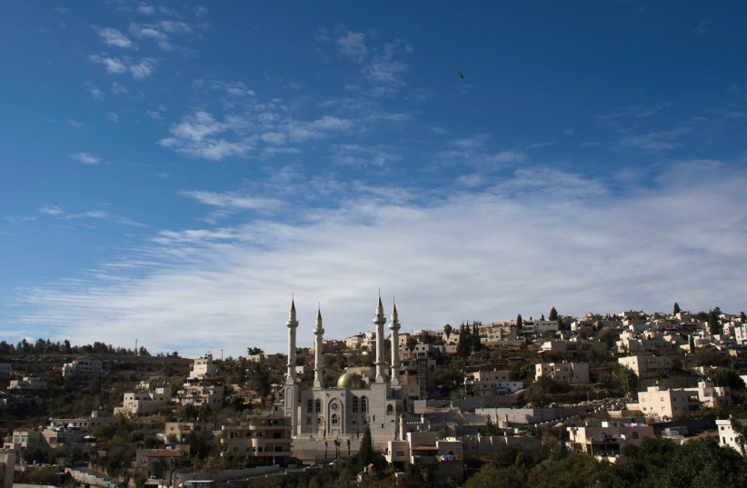 THE TOWN of Abu Ghosh on the road to Jerusalem. (photo credit: REUTERS)