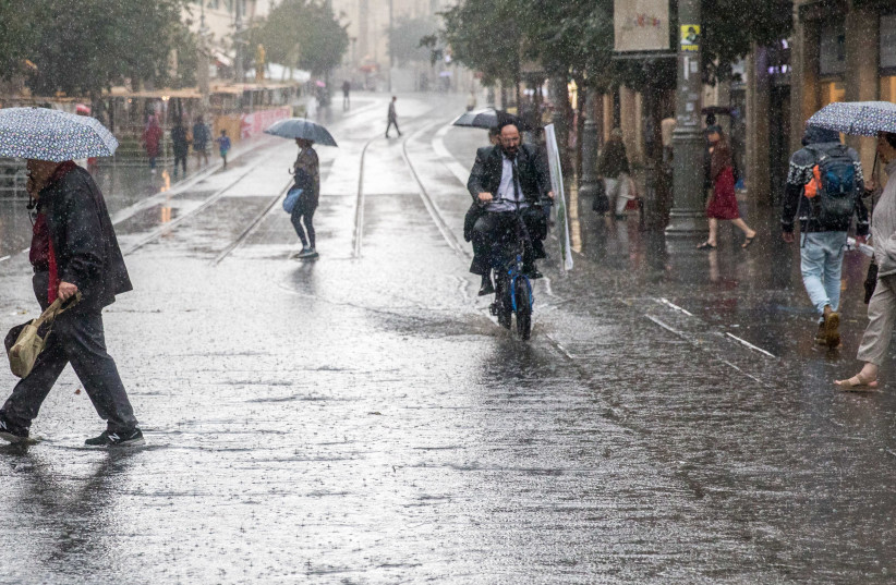 First rain in Jerusalem (photo credit: MARC ISRAEL SELLEM/THE JERUSALEM POST)