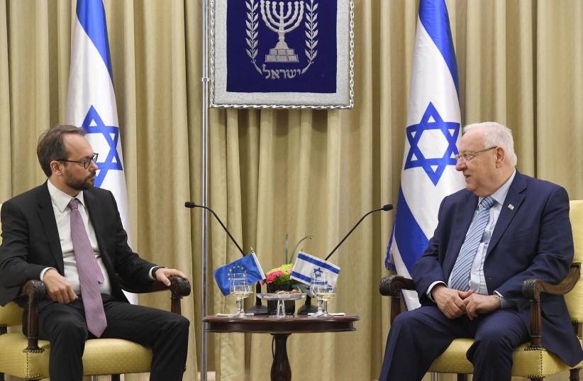 President Reuven Rivlin and European Union Ambassador Emanuele Giaufret, October 23, 2017. (photo credit: PRESIDENTIAL SPOKESPERSON OFFICE)
