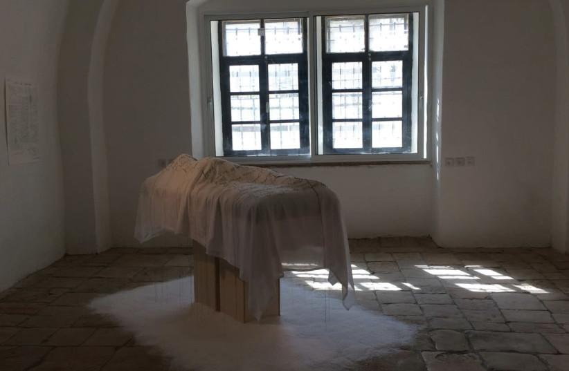 WILLIAM BLAKE'S verses are part of 'Jerusalem Dreams,' by Jaqueline Nicholls at the Museum of the Underground Prisoners in Jerusalem. (photo credit: JAQUELINE NICHOLLS)