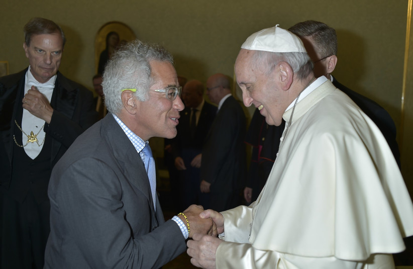 Sylvan Adams [L] and Pope Francis [R]  (photo credit: DAN KOSKY)