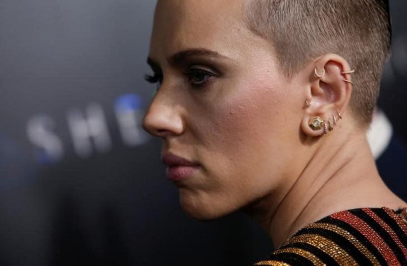 Actress Scarlett Johansson. (photo credit: REUTERS/MIKE SEGAR)