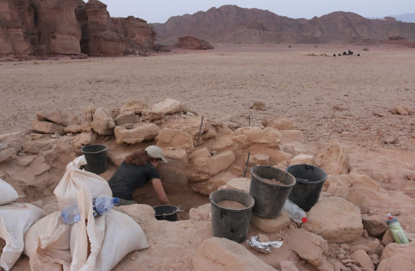 Burial mound where archeologists discovered the remains of a pregnant woman in Israel's Southern Timna valley (photo credit: Courtesy)