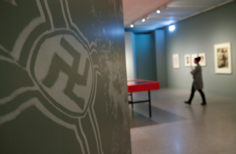 'Gurlitt: Status Report - Nazi Art Theft and its Consequences' exhibition at the Bundeskunsthalle in Bonn, Germany, November 2, 2017. (photo credit: REUTERS)