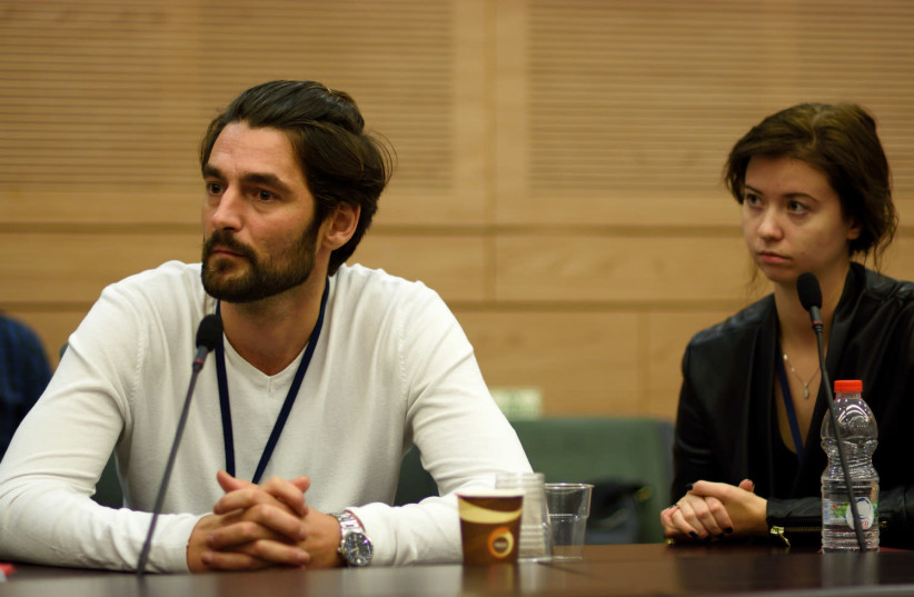 An immigrant from the former Soviet Union speaks to the Knesset Committee for Immigration, Absorption and Diaspora Affairs. (photo credit: KNESSET SPOKESPERSON'S OFFICE)