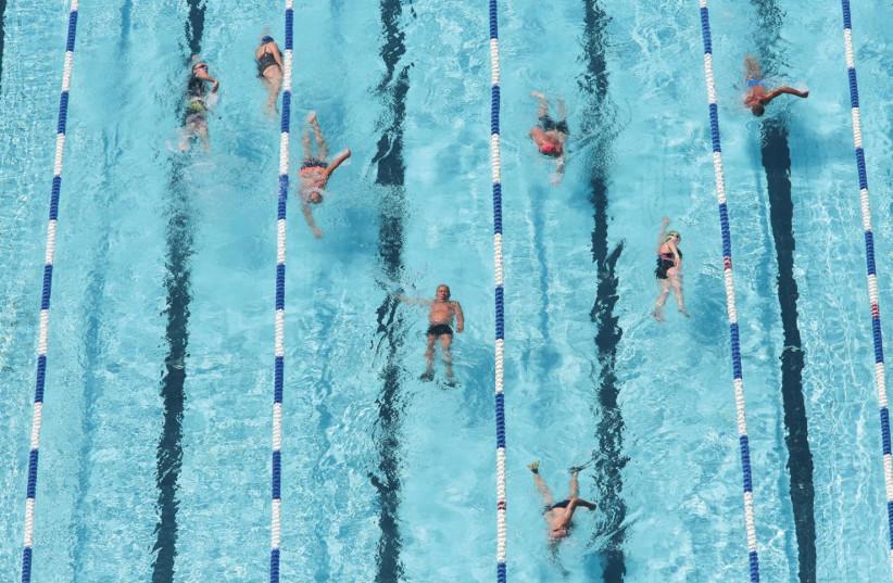 Swimmers (photo credit: MARC ISRAEL SELLEM/JERUSALEM POST ARCHIVES)