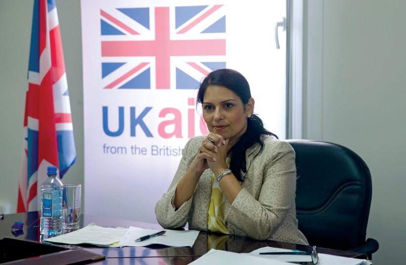 Priti Patel, ancienne secrétaire d'état au développement international (photo credit: REUTERS)