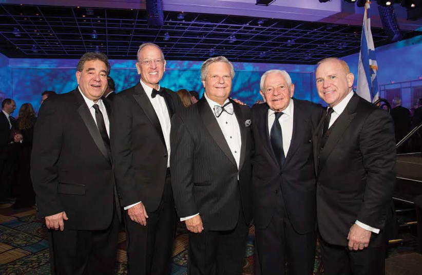 (L-R) JNF CEO Russell F. Robinson, outgoing President Jeffrey E. Levine, incoming President Dr. Sol Lizerbram, past President Stanley Chesley and President-Elect/VP Campaign Bruce Gould pose at the JNF National Conference in South Florida (photo credit: JNF-USA)