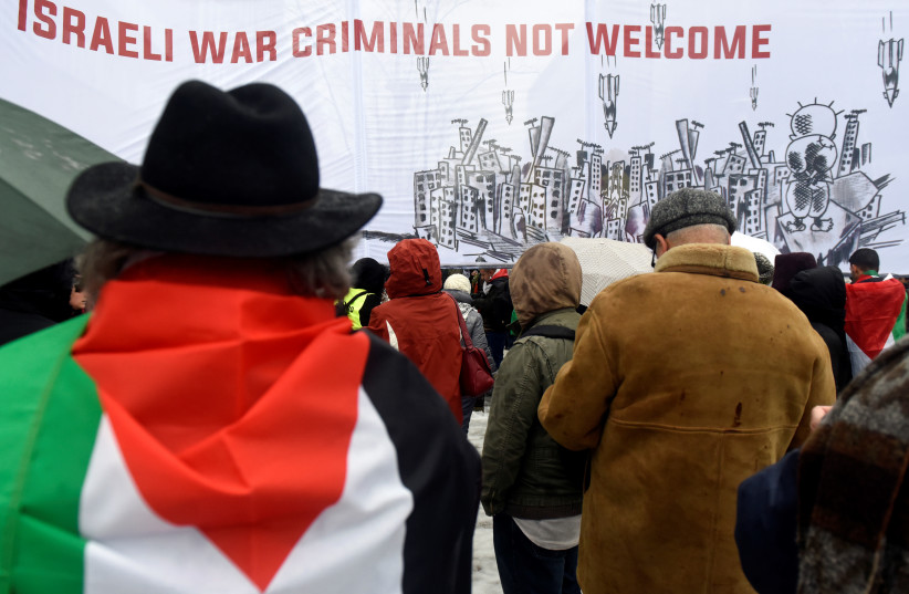 People protest against US President Donald Trump's recognition of Jerusalem as Israel's capital, in Brussels, Belgium December 11, 2017 (photo credit: REUTERS/ERIC VIDAL)