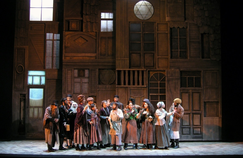 A performance of 'Fiddler On The Roof' at the Cameri Theater, Tel Aviv, May 2008 (photo credit: WIKIMEDIA COMMONS / RONI TOREN)