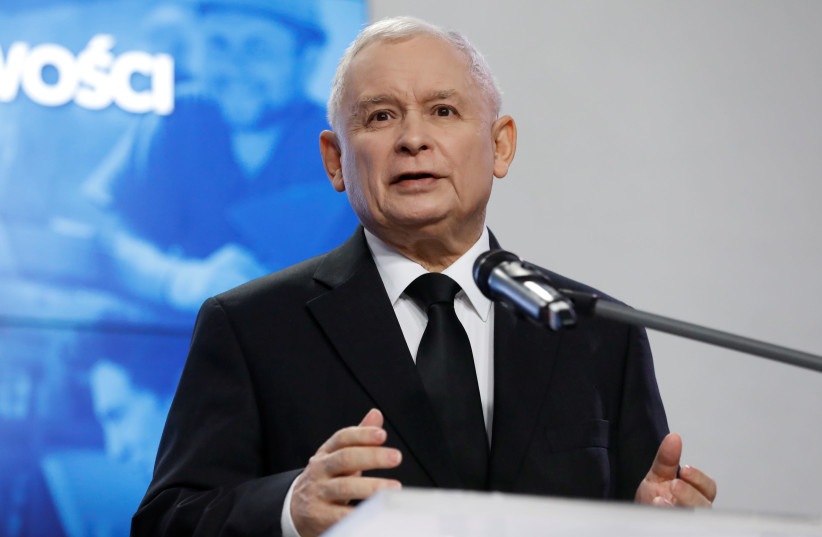 Jaroslaw Kaczynski, leader of the ruling party Law and Justice, speaks during a joint news conference with Prime Minister Beata Szydlo at the party headquarters in Warsaw, Poland. (photo credit: REUTERS)