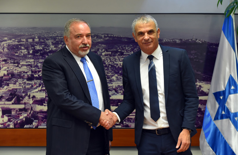 Defense Minister Avigdor Liberman and Finance Minister Moshe Kahlon announce NIS 150 million toward strengthening Israel's northern border on January 11, 2018.. (photo credit: YONI RIKNER)