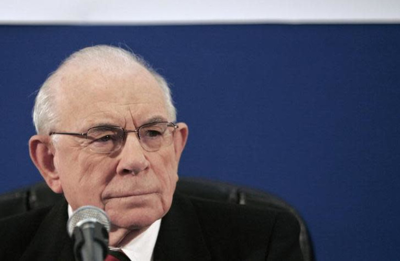 Eliyahu Winograd, former judge and Lebanon war inquiry panel chairman, attends a news conference held to present the five-member panel's final report, in Jerusalem January 30, 2008. (photo credit: ELIANA APONTE/REUTERS)
