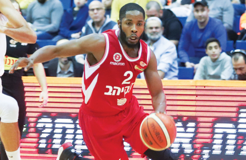 Hapoel Jerusalem guard Jerome Dyson scored a game-high 30 points in a 92-78 win at Maccabi Rishon Lezion. (photo credit: DANNY MARON)
