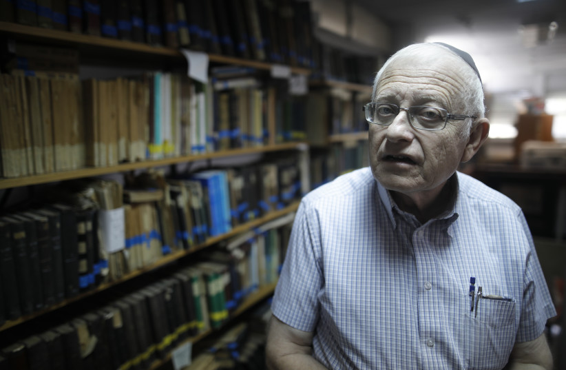 Gabriel Birnbaum, senior researcher at Historical Dictionary Project at Israel's Academy of the Hebrew Language in Jerusalem is seen on August 23, 2017. (photo credit: MENAHEM KAHANA / AFP)