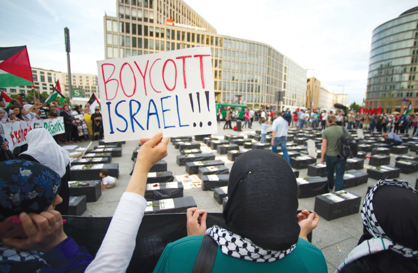 South Dakota governor signs executive order prohibiting Israel boycotts