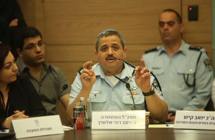 Police Commissioner Roni Alsheich speaks in Knesset (photo credit: MARC ISRAEL SELLEM/THE JERUSALEM POST)