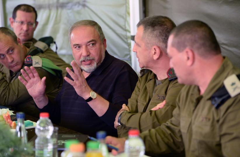 Defense Minister Avigdor Liberman convenes with IDF officers in the Gaza region (photo credit: DEFENSE MINISTRY/ARIEL HERMONI)