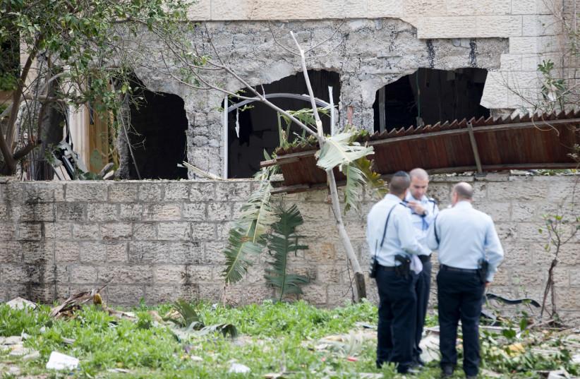 Scene of a gas leak explosion in Jerusalem (photo credit: MARC ISRAEL SELLEM/THE JERUSALEM POST)