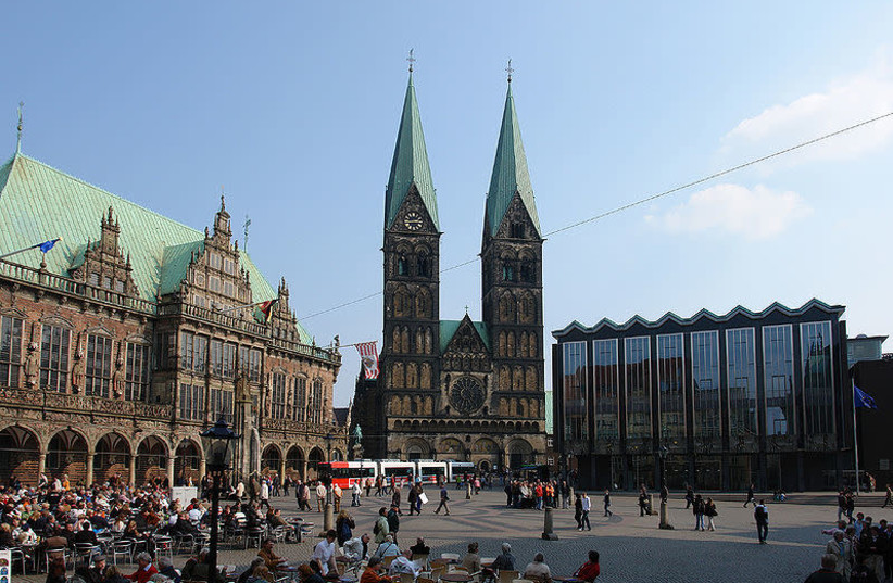 Bremen's city hall, cathedral and Bürgerschaft (photo credit: JÜRGEN HOWALDT/WIKIMEDIA COMMONS)
