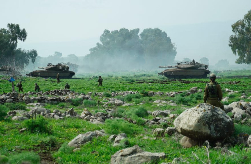Israeli tanks manuever during an exercise near the northern border on February 22, 2018.  (photo credit: IDF SPOKESPERSON'S OFFICE)