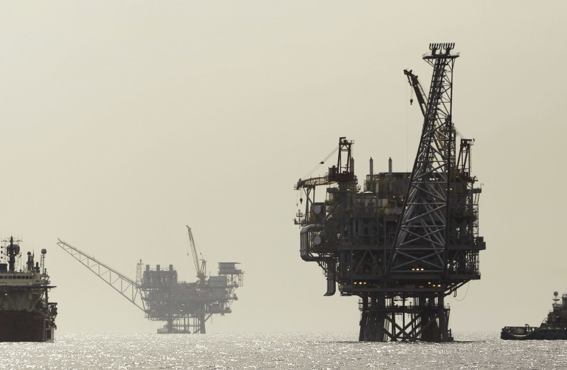 An Israeli gas platform is seen in the Mediterranean, 24 km. west of Ashdod (photo credit: AMIR COHEN/REUTERS)