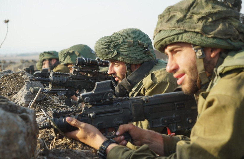IDF soldiers take part in battlefield maneuvers in preparation with potential war in the north. (photo credit: IDF)