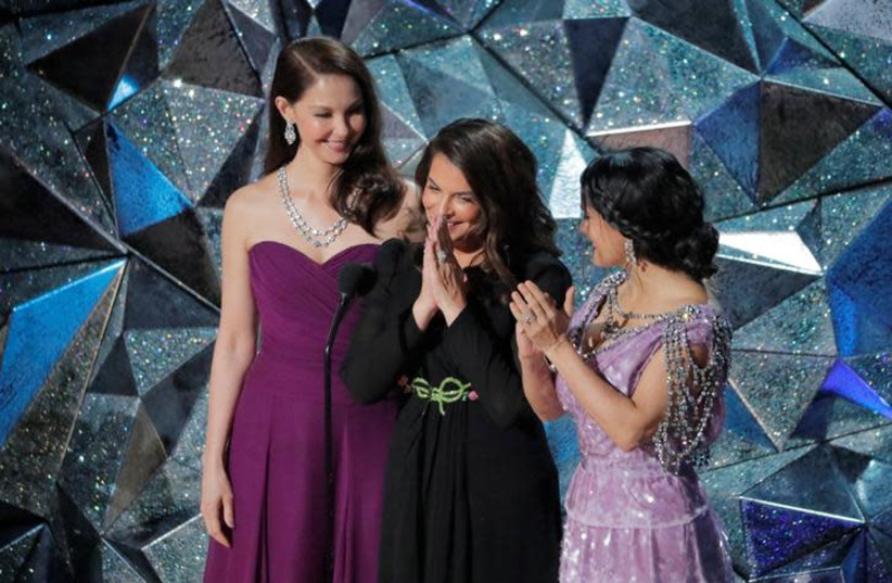 Actresses  Ashley Judd (L), Annabella Sciorra (C) and Salma Hayek (R) at the 90th Academy Awards on March 5th, 2018. (photo credit: REUTERS/LUCAS JACKSON)
