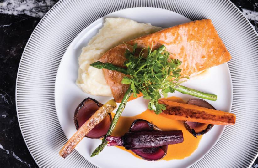 A dish at Café 65  (photo credit: YONATHAN BEN HAIM)