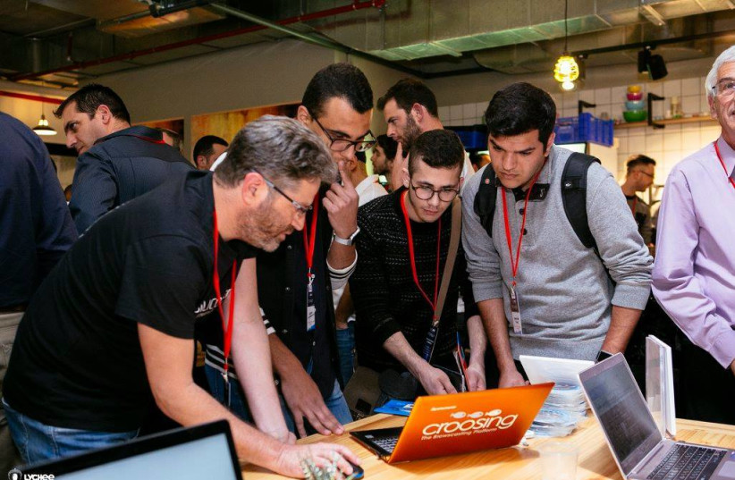 Students at Ben Gurion University compete in the SilicoNegevBGU competition (photo credit: LYCHEE)